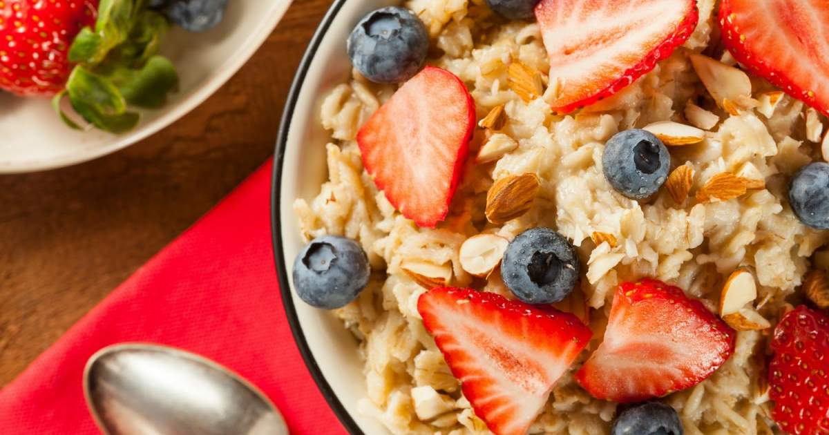 The Best Microwave Oatmeal - Slender Kitchen